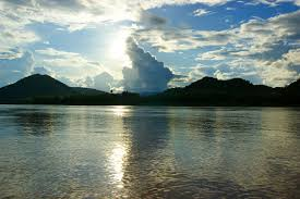Глубина реки Меконг 100 метров
