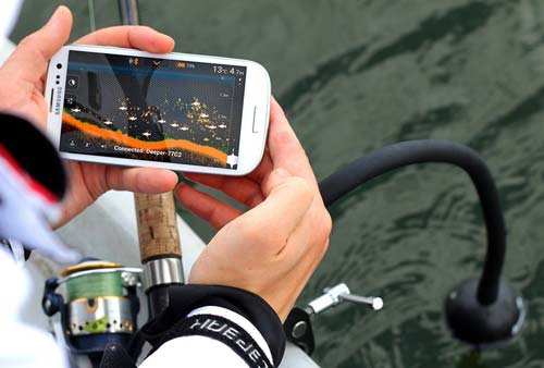 The universal echo sounder for winter and summer fishing